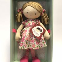 Tikiri Toys Fran – Lt Brown hair/dk pink & green dress WITH LRG SHOE BOX