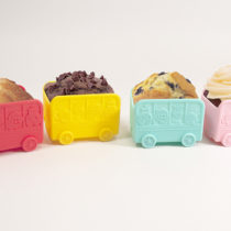 Marcus & Marcus School Bus Muffin Cups